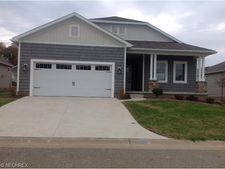 8352 Old Forest St Nw, Massillon, OH 44646
