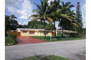 403 Jeannine Dr, West Palm Beach, FL 33406