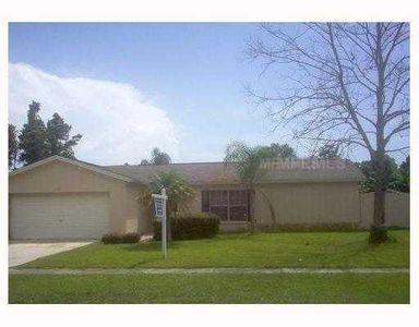 4916 Oakshire Dr, Tampa, FL