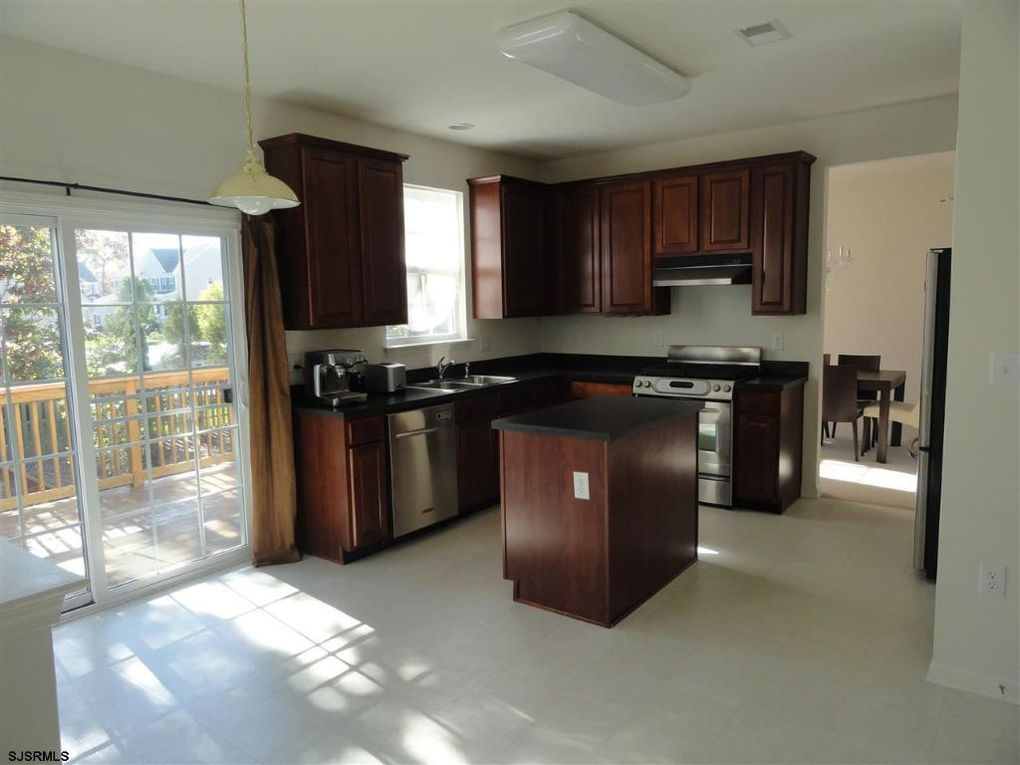 305 yarmouth rd egg harbor township nj 08234 for Kitchen cabinets 08234