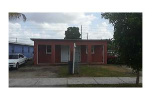 914 NW 15th St, Florida City, FL 33034