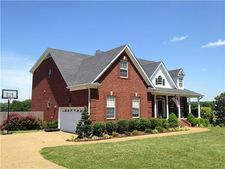 342 Eastside Rd, Burns, TN 37029