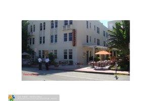 100 Collins Ave # 320, Miami Beach, FL 33139