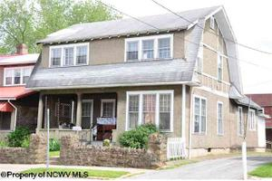 332 Center Ave, Weston, WV 26452