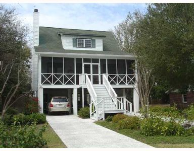 1413 6th Ave, Tybee Island, GA