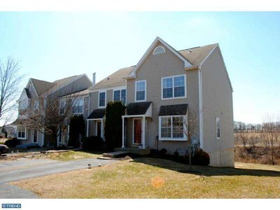 307 Countryside Ct, Collegeville, PA 19426