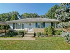 856 Talmadge Ave, Wickliffe, OH 44092
