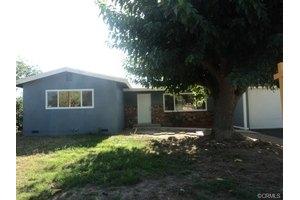 1262 N California Ave, Beaumont, CA 92223