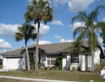 4420 Diamond Cir W, Sarasota, FL 34233