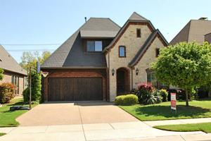 1717 Brook Meadow Ct, Grapevine, TX 76051