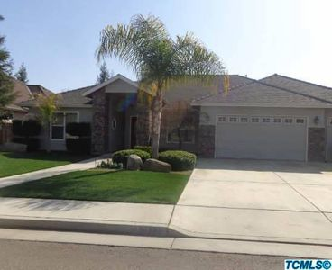 178 Old Line Ct, Exeter, CA