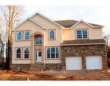 435 Calvert Rd, North Brunswick, NJ 08902
