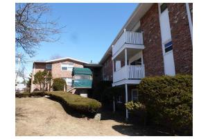 5140 Washington St Apt 4, Boston, MA 02132