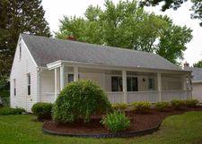 2623 Oak Grove Ln, Rockford, IL 61108