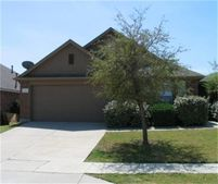 2900 Milby Oaks Dr, Fort Worth, TX 76244