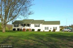 195 Bear Castle Dr, Bumpass, VA 23024