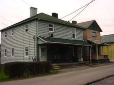 719 Mabel, New Castle 4th, PA 16101