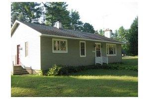 157 Lakeview Rd, Shutesbury, MA 01072