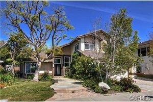 17652 Gainsford Ln, Huntington Beach, CA 92649