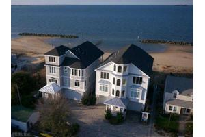 882 W Ocean View Ave, Norfolk, VA 23503