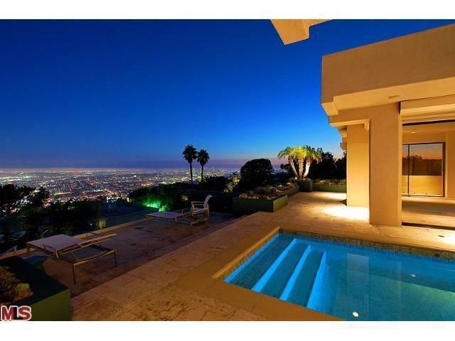 1470 Blue Jay Way, Los Angeles, CA 90069