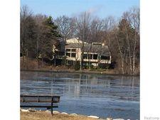 4949 Lake Bluff Rd, West Bloomfield Township, MI 48323