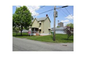 968 Broadford Rd, Connellsville, PA 15425