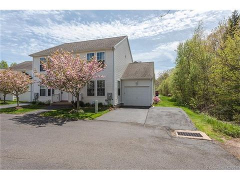 7 Finch Blvd, Farmington, CT 06085