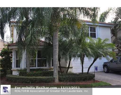 1046 Satinleaf St, Hollywood, FL
