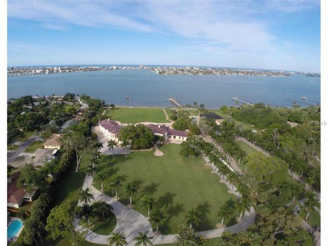 900 Park St N, St Petersburg, FL 33710