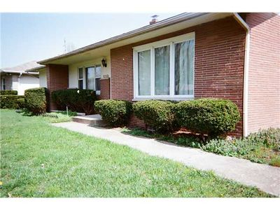 1258 Millerdale Rd, Columbus, OH