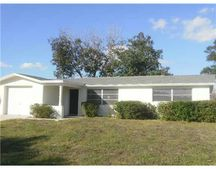 5613 Chipper Dr, New Port Richey, FL 34652