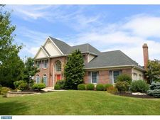 5251 Bowood St, Center Valley, PA 18034