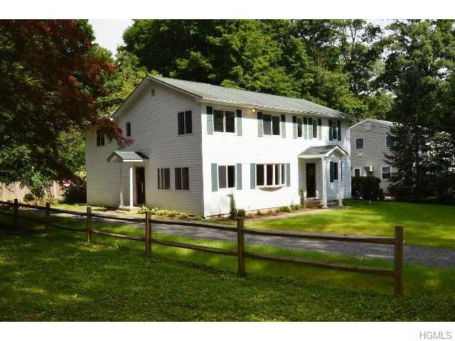51 Lakeview Dr, Holmes, NY 12531