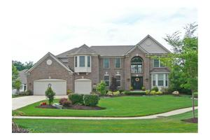 11850 N Churchill Way, Strongsville, OH 44149