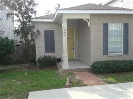 809 N Tarragona St, Pensacola, FL 32501