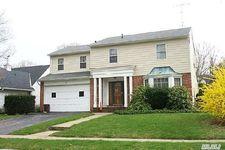 42 Mulberry Ave, Garden City, NY 11530