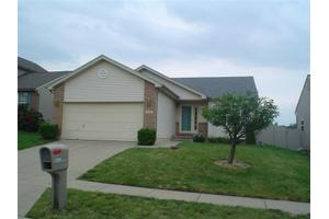 5250 Mallet Club Dr, Miami Township, OH 45439