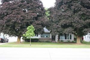 633 S 18th Ave, West Bend, WI 53095
