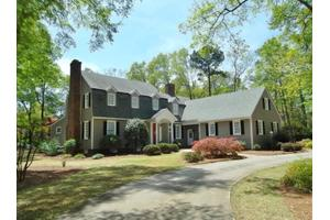 622 Lake Shore Dr, Goldsboro, NC 27534