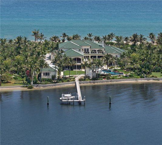 1720 S Ocean Blvd, Lantana, FL 33462