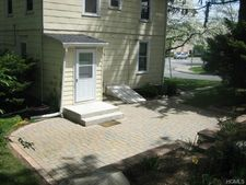 59 S Pearl St, Pearl River, NY 10965
