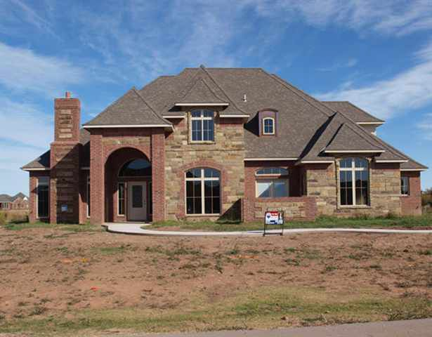 20 nw shelter lake dr lawton ok 73505 for Home builders in lawton ok