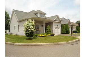 22 Jasmine Cir, Milford, CT 06461