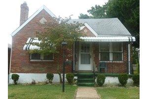 6704 Saint Louis Ave, St Louis, MO 63121