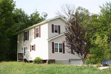 894 Spring Hill Rd, Sterling, PA 18463