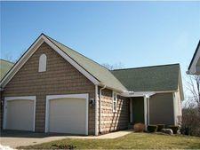 149 S Oakridge Cir, Millcreek, PA 16509
