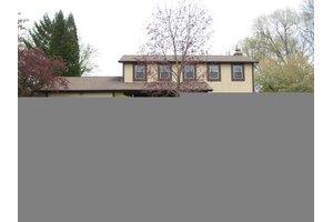 11692 Huntington Way, Pickerington, OH 43147