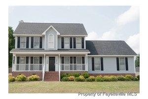 400 Bristlecone Rd, Fayetteville, NC 28311