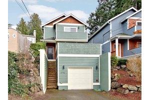6742 Murray Ave SW, Seattle, WA 98136